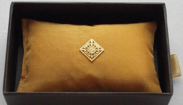 Cushion long with perfume